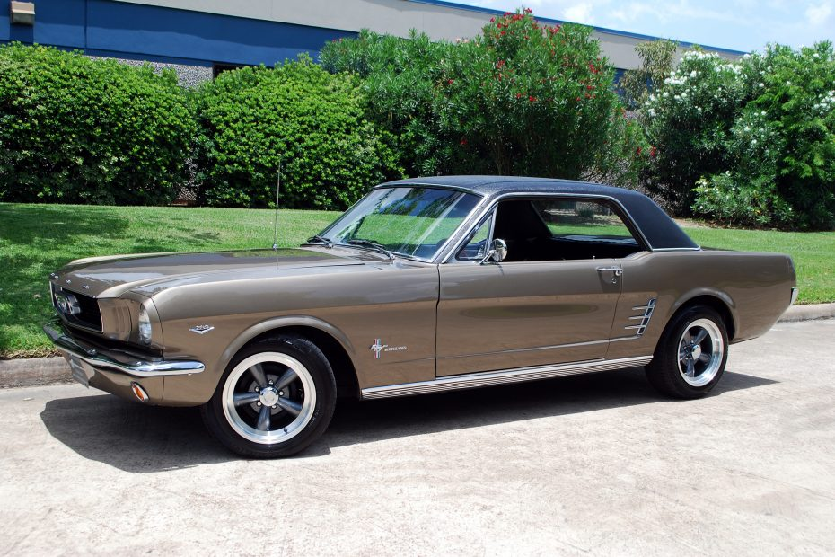 1966 Mustang Coupe Vinyl Top Google Search Mustang 1966 Mustang Coupe Mustang Coupe
