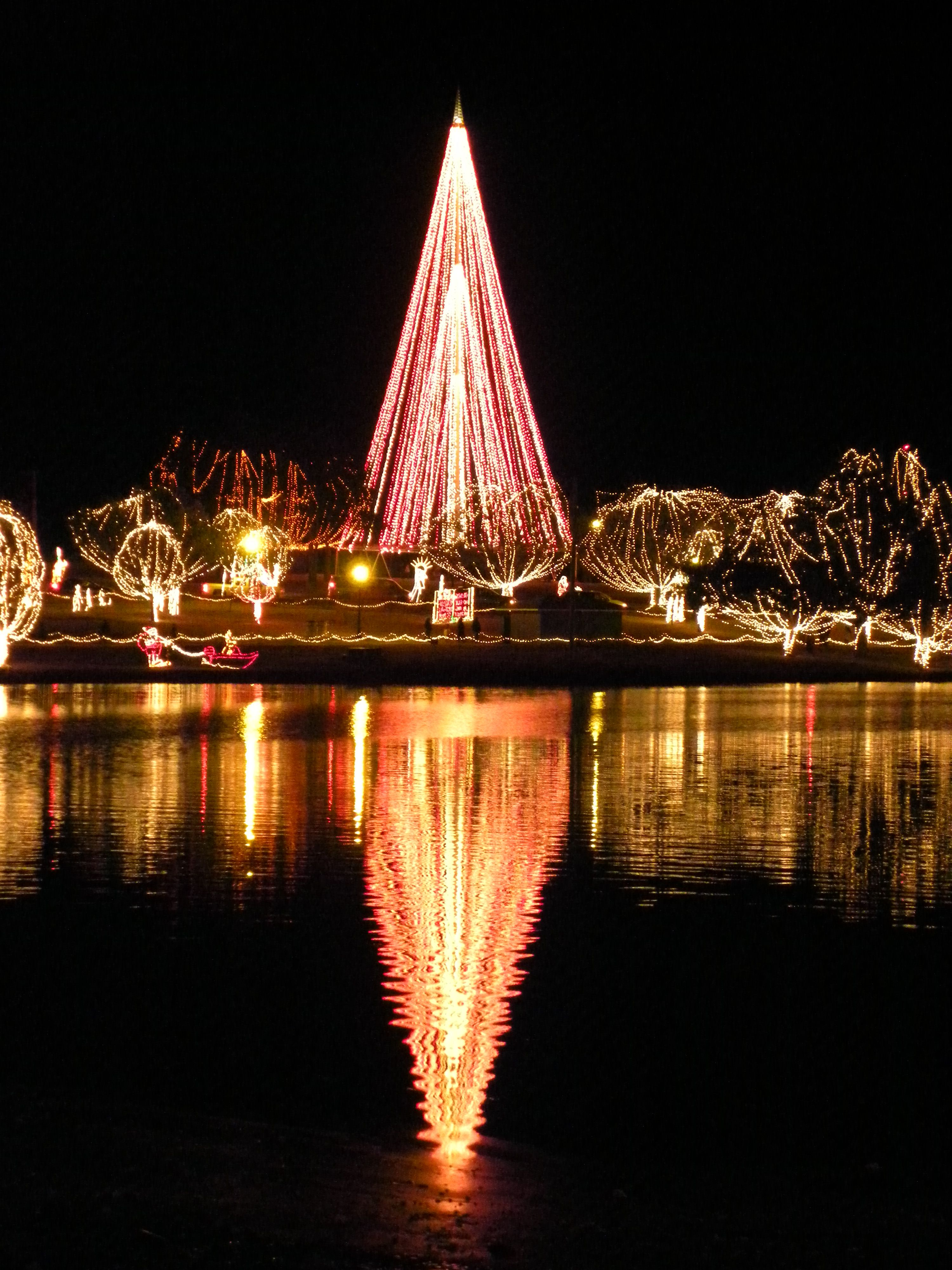 Night lights upper canada village - 17 Best Images About Festival Of Lights On Pinterest Disney Travel The Festival And Berlin