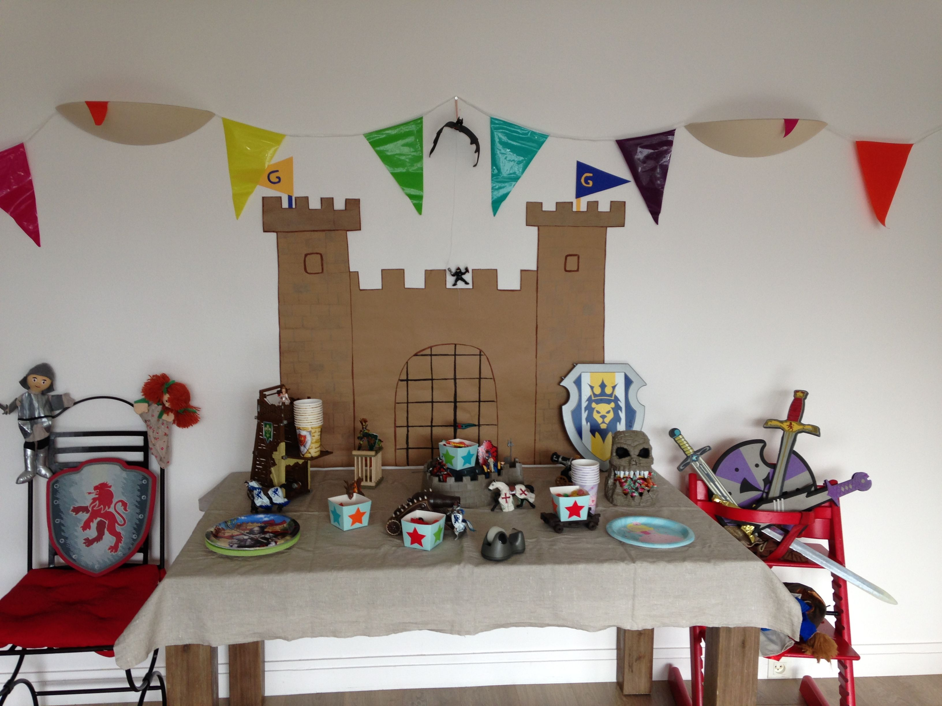 Anniversaire th¨me chevaliers