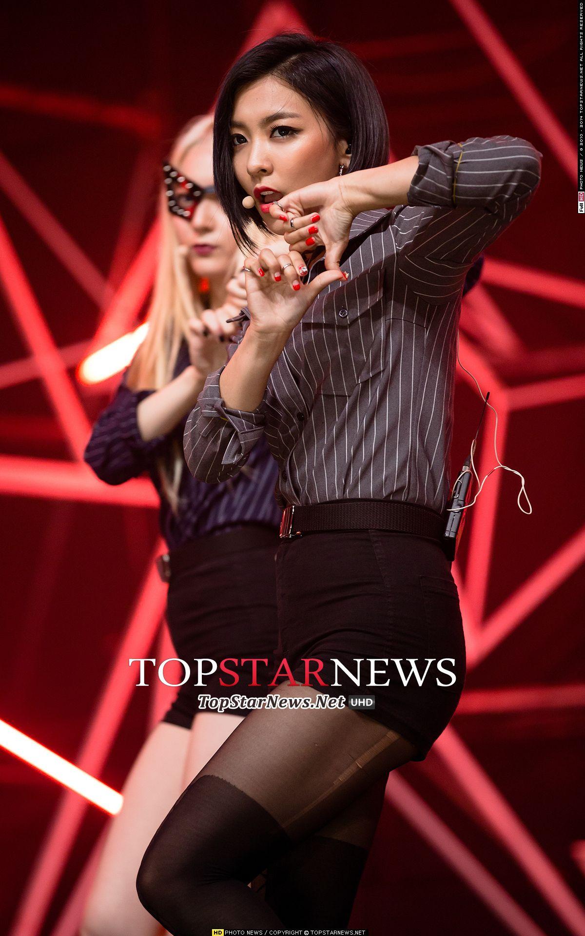f(x) Luna - 'Red Light' Live at M!Countdown   f(x) (에프엑스 ... F(x) Luna Red Light Live
