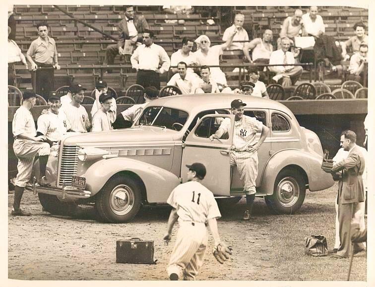 Lou Gehrig gets a car   Lou gehrig, Baseball history, Baseball ...