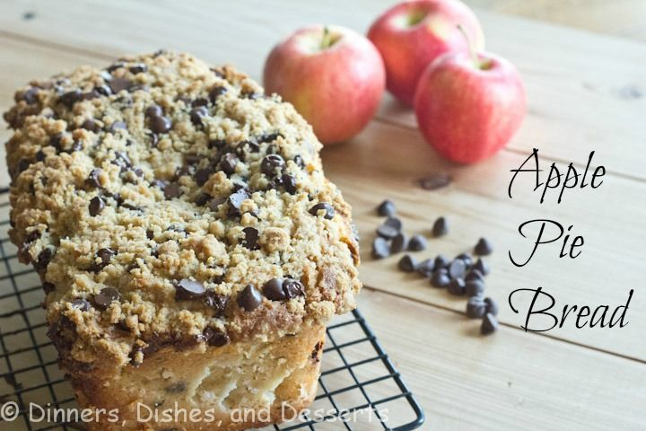 Apple Pie bread with streusel topping