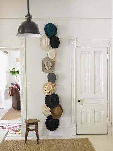 Creative Ways To Display Collections Esposizione Di Cappelli c88c5f3bc386