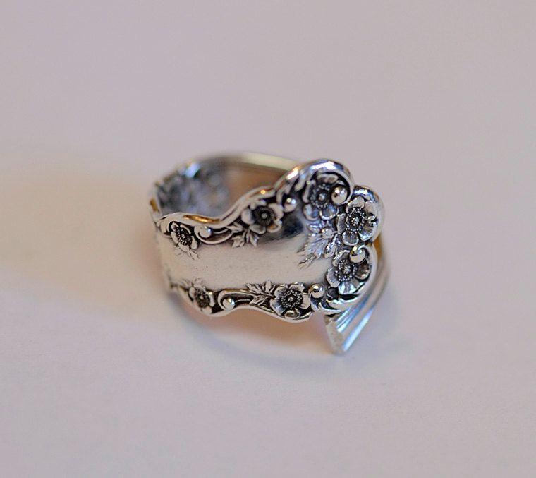Antique Gorham Buttercup Sterling Silver Spoon Ring.. Class '09.. Size 10.5 (#35)
