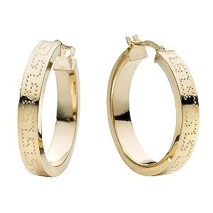 A Beautiful Pair Of 9ct Yellow Gold Hoop Earrings With A Subtle Pattern Engraved All The Way Round Online Earrings Earrings Gold