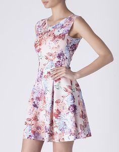 Vestido floral de la colección primavera-verano 2015 de Suite Blanco.