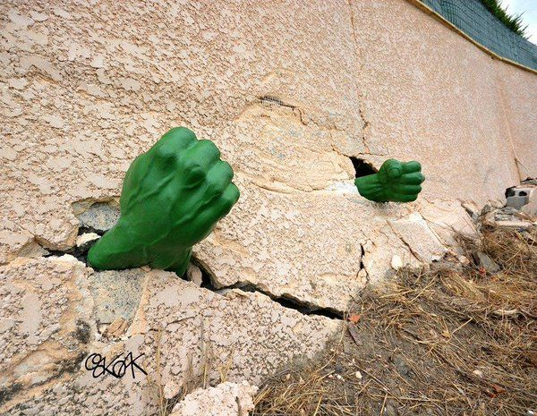 Hulk Smash! Brilliant Street Installation by OakOak in Saint-Etienne, France from Mike Rigby (@wehelp_you_grow) | Twitter