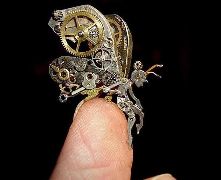 Wunderschöne kleine Skulpturen aus recycelten Uhren # ...