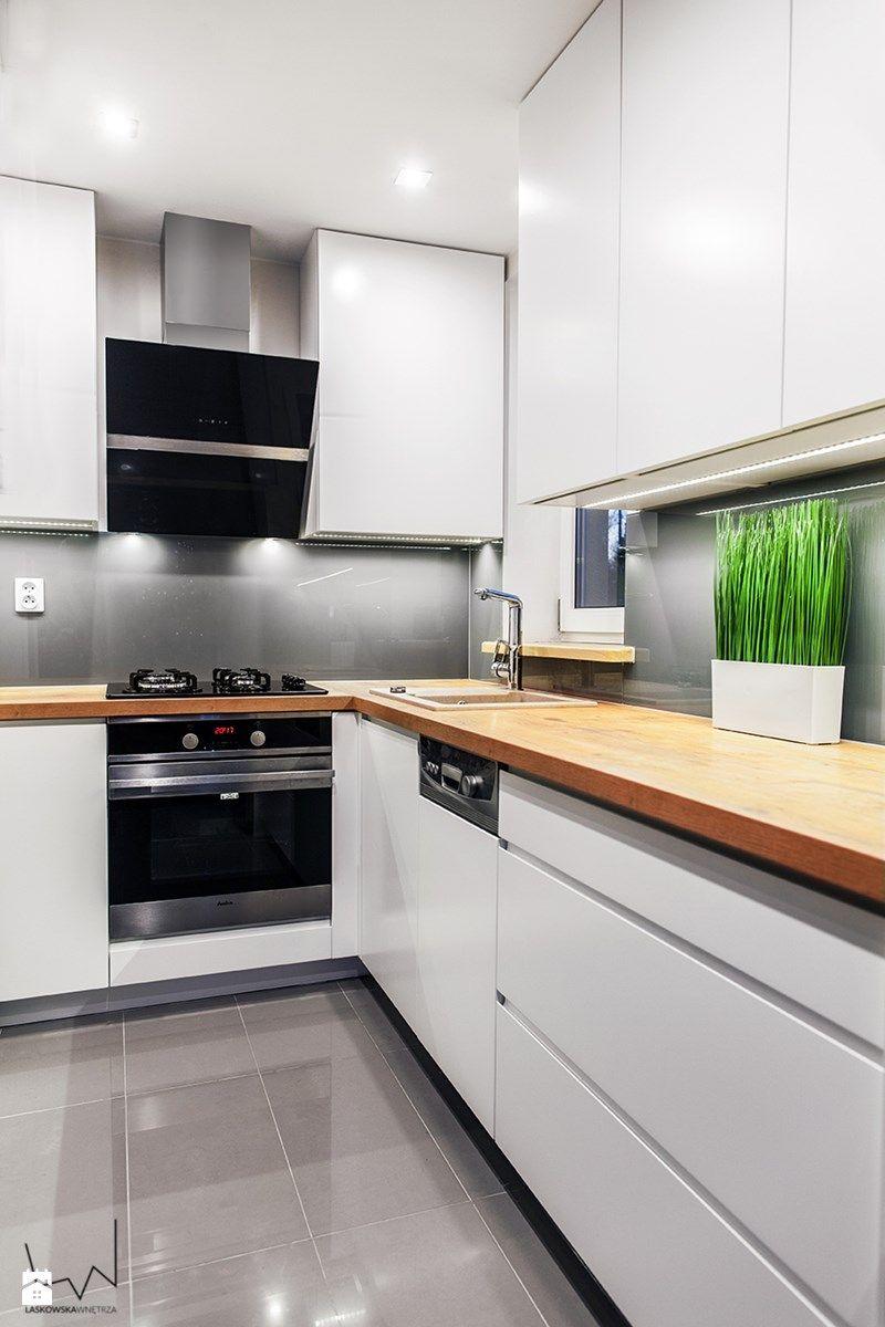 Znalezione Obrazy Dla Zapytania Aneks Kuchenny W Ksztalcie Litery U Kitchen Room Design White Kitchen Design Kitchen Renovation