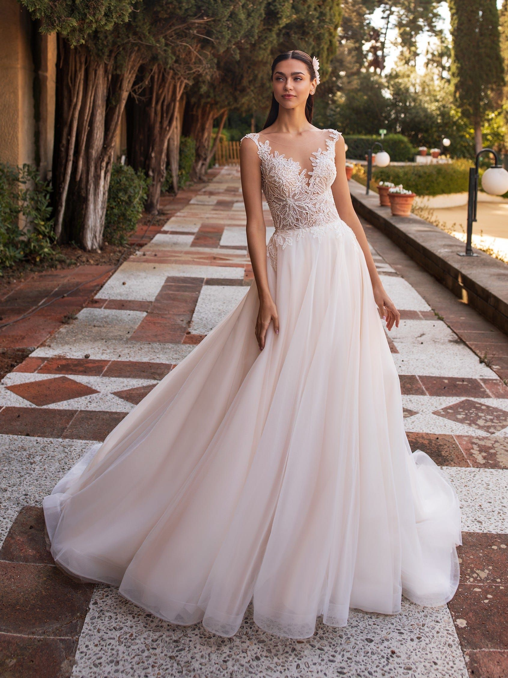 Io Pronovias Wedding Dress Pink Wedding Dresses Romantic Wedding Gown [ 2255 x 1691 Pixel ]