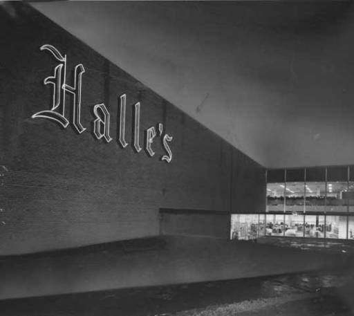Halle S Exterior At Night Southland Shopping Center