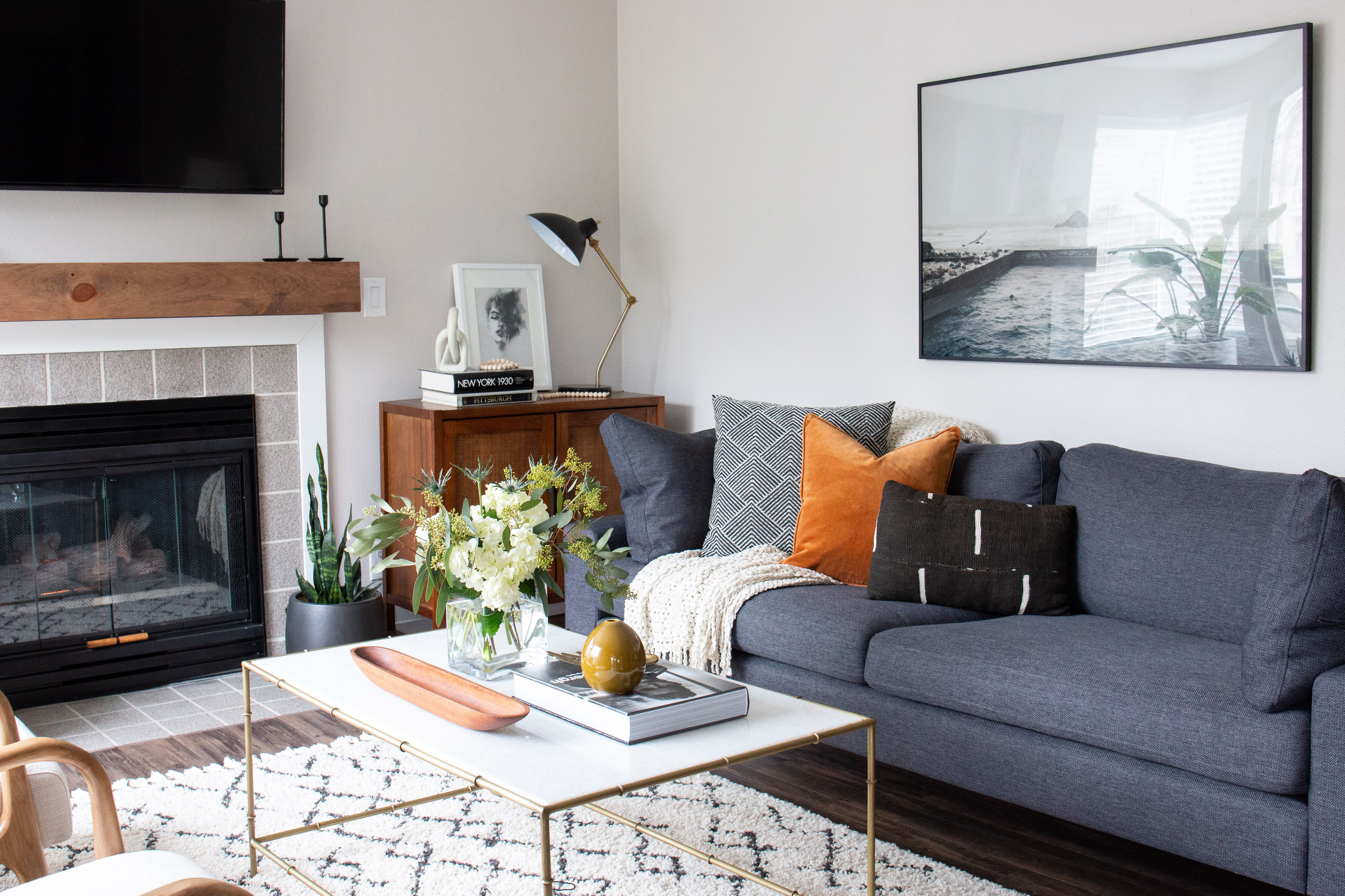 See This Photographer's Total Apartment Decor Overhaul