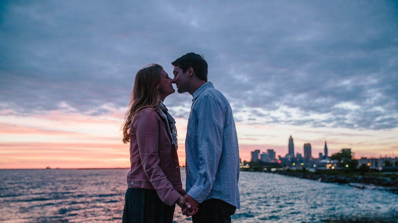 Hvordan du oppretter online dating nettsted
