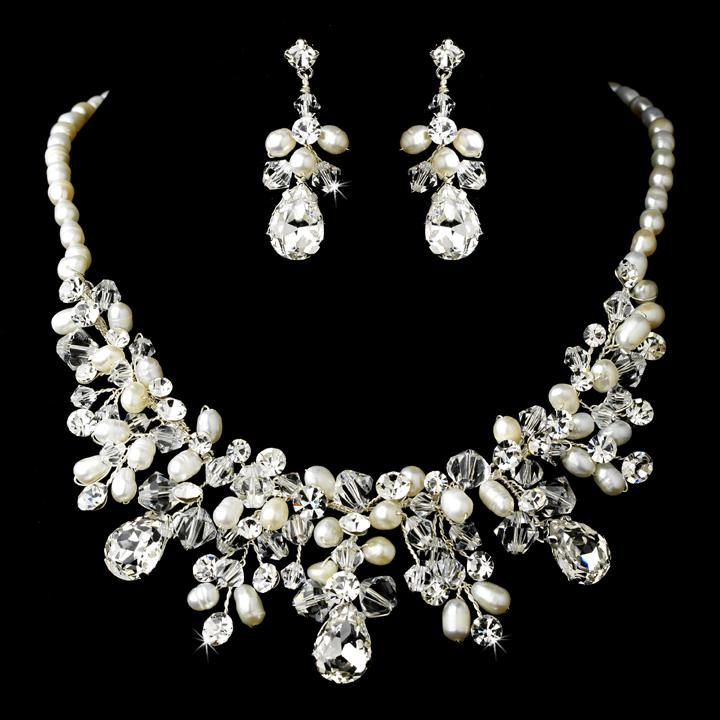 Extravagant Crystal & Pearl Bridal Necklace Earring NE 9783