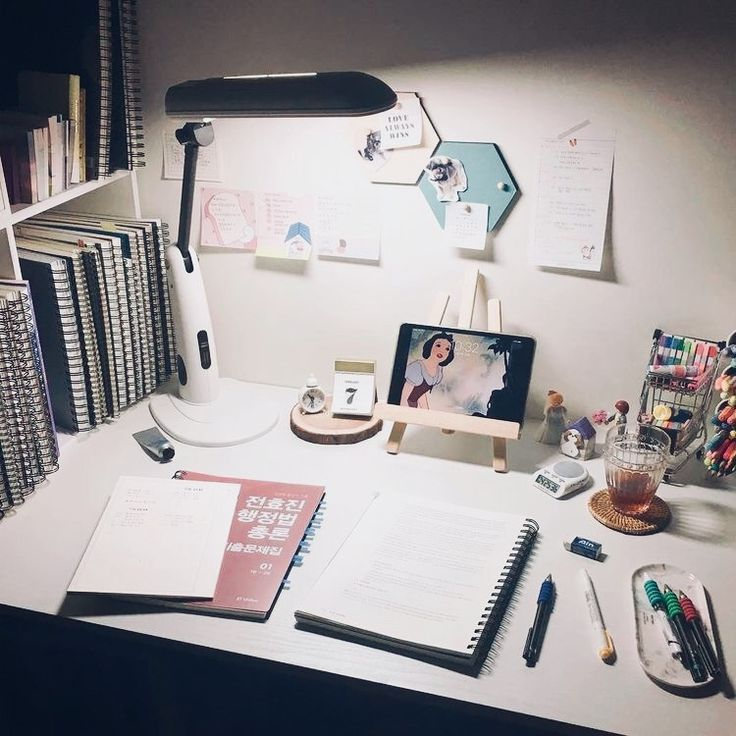 80 Peaceful Study Room Decorating Ideas: Pinterest : Caseymj17 - In 2019