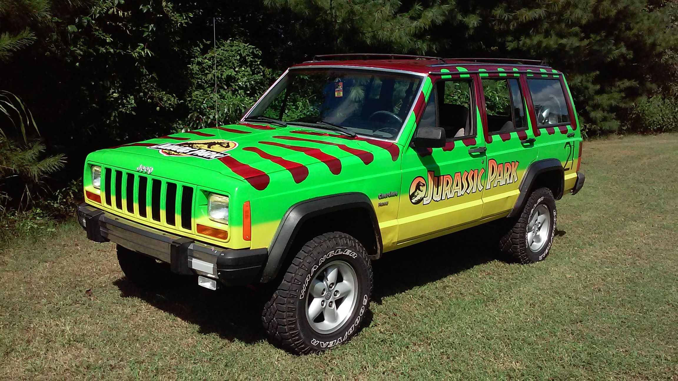 Pin By Stu Paasche On Jeep Cherokee Jurassic Park Jeep Jeep Xj