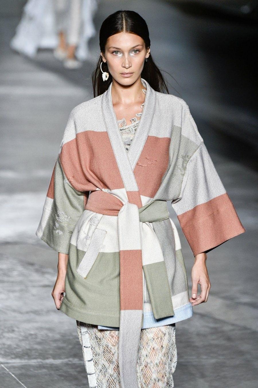 September 22 Bella Hadid For Missoni Ss19 Fashion Show Mfw