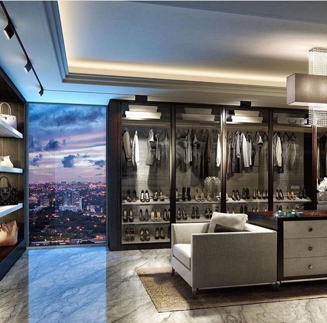 At home with stunning bath and walk in closet modern bathroom - Find This Pin And More On Was Mann So Braucht Men S Essentials Super Modern Penthouse Walk In Closet
