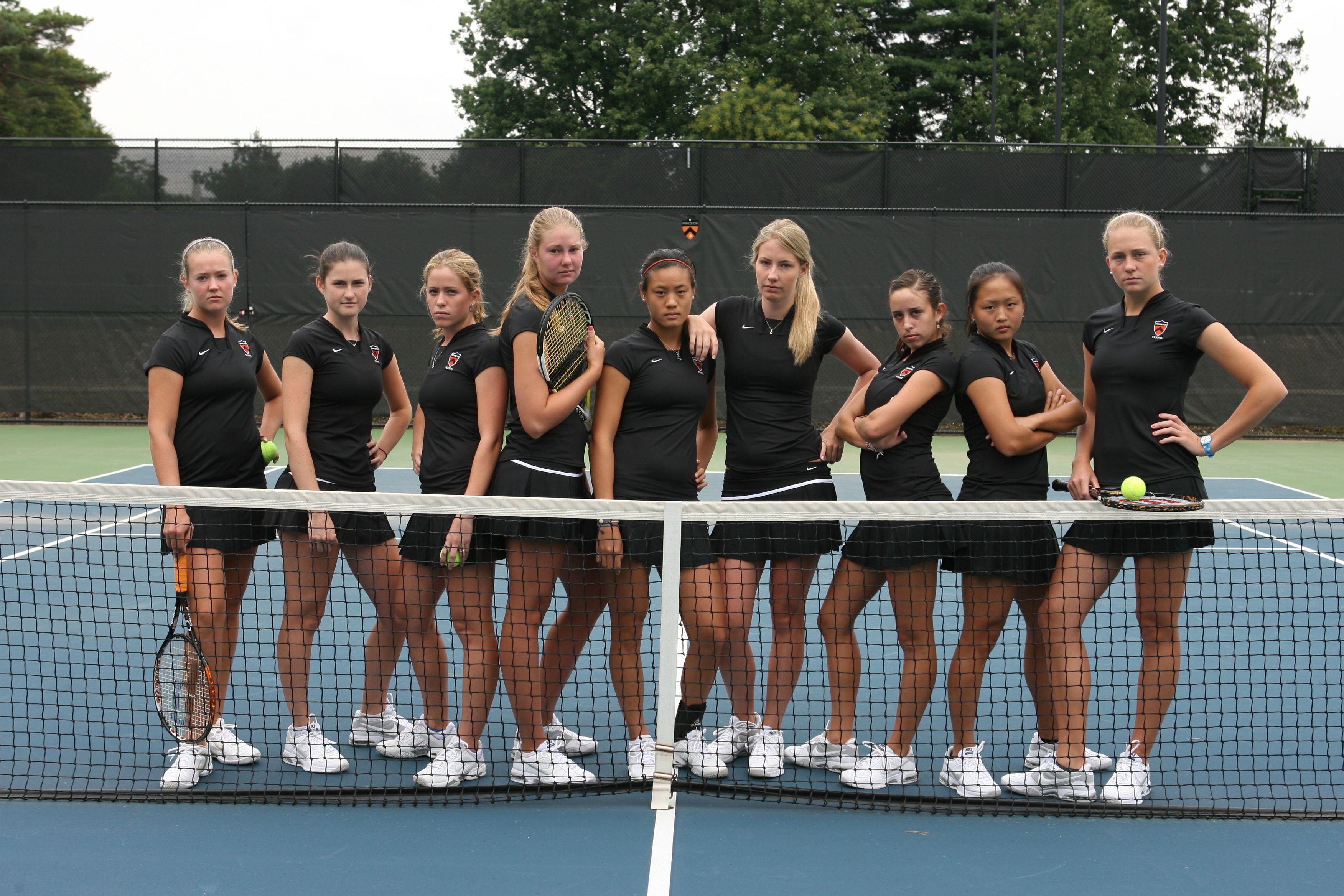 College Tennis Players College Tennis Online Ncaa Results Ita Collegiate Tennis Rankings Tennis Senior Pictures Tennis Pictures Tennis Photos