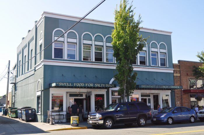 These 15 Washington Towns Might Be Smallbut Their Restaurants Are