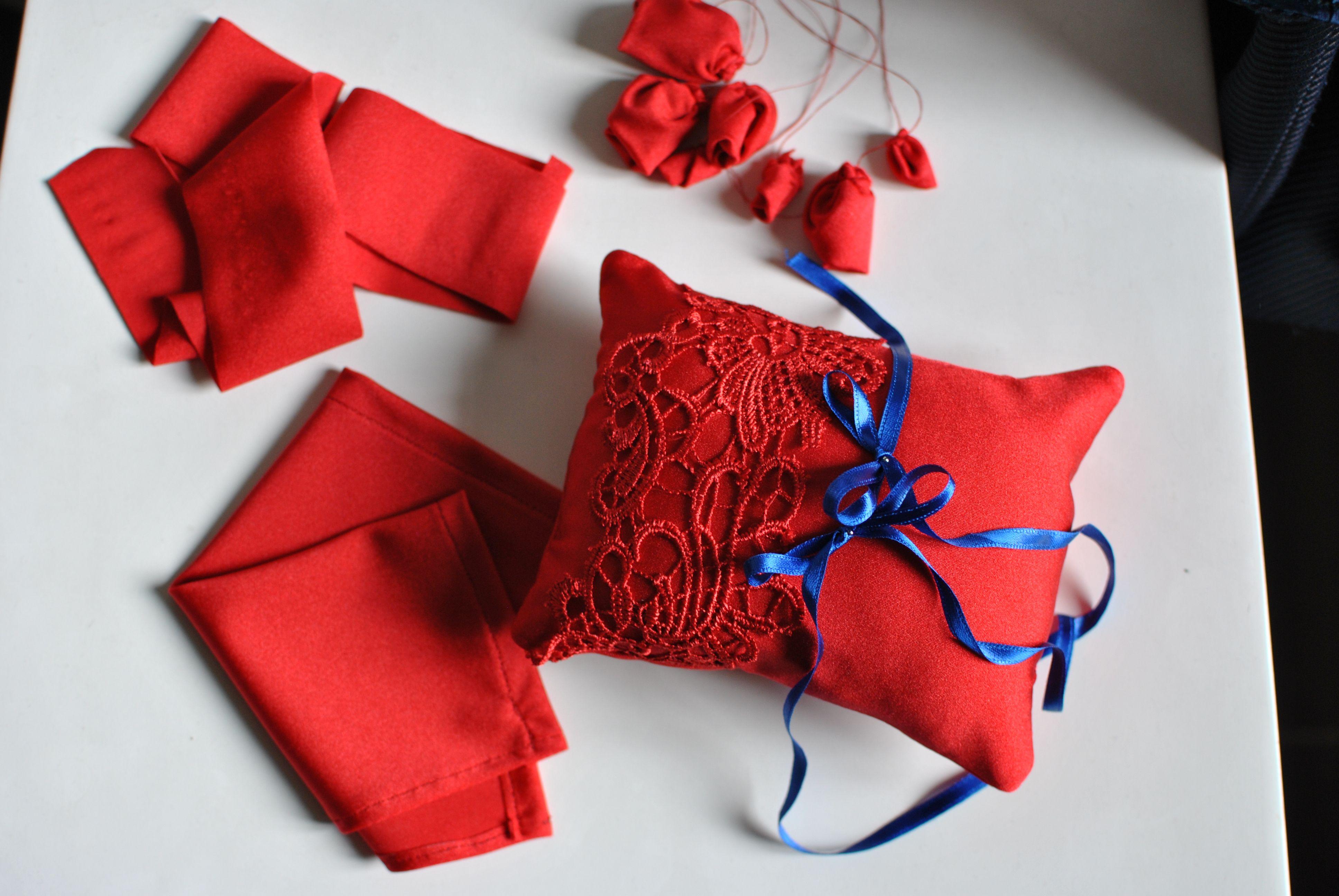 Portafedi e accessori sposa coordinati all'abito Favole di Seta Sartoria Torino