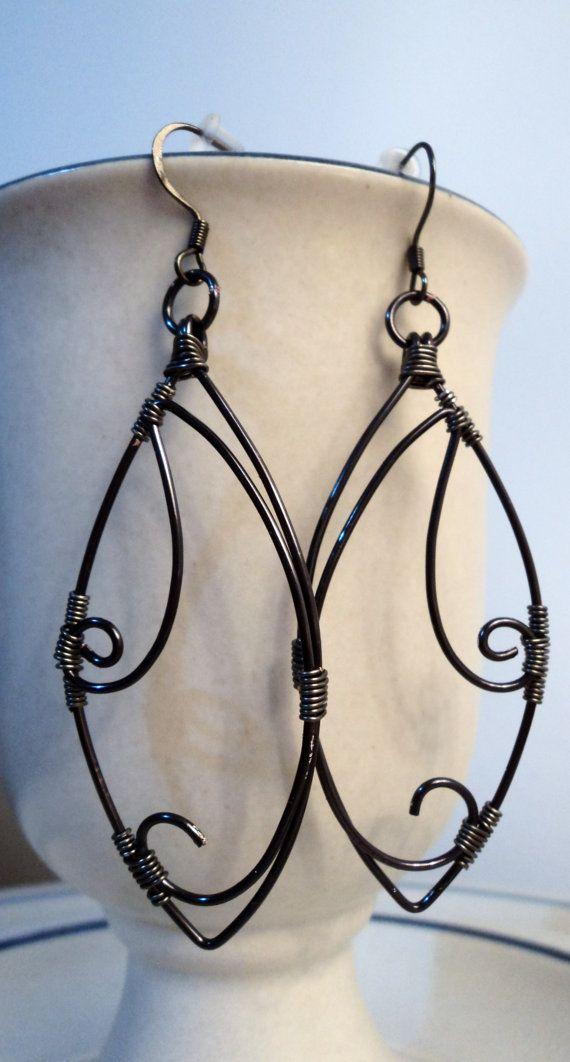 Garden Gate  Beautiful Scroll Work Earrings OOAK par dLeighJewelry, $15.00
