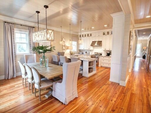 Love the kitchen cabinets