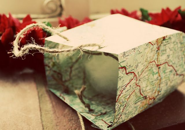 HUNGRYHIPPIE: Make a gift bag from old maps or newspapers