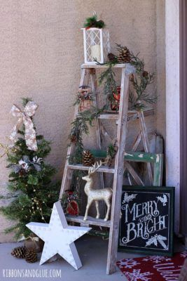 40+ Fabulous Rustic-Country Christmas Decorating Ideas #christmasdecorideas