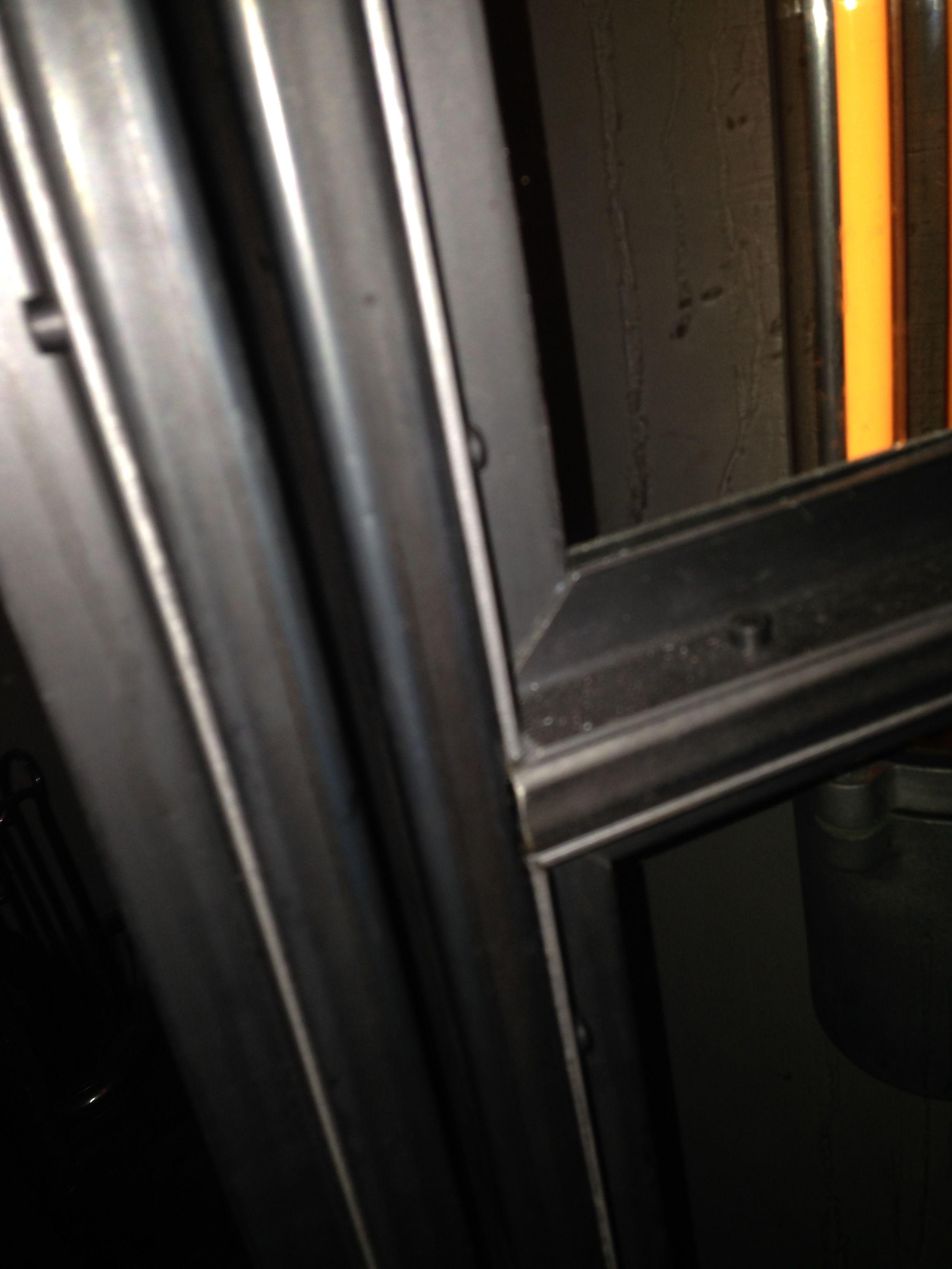 Beroemd Detail 2 stalen kozijn zwart. eenvoudig zelf te maken | spawanie  DB-81
