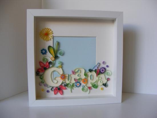 Cuadro de fotos decorado con quilling papel quilling for Imagenes de techos decorados