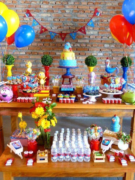 Decoracion de mesa de postres gallina pintadita 11 for Decoracion hogares infantiles