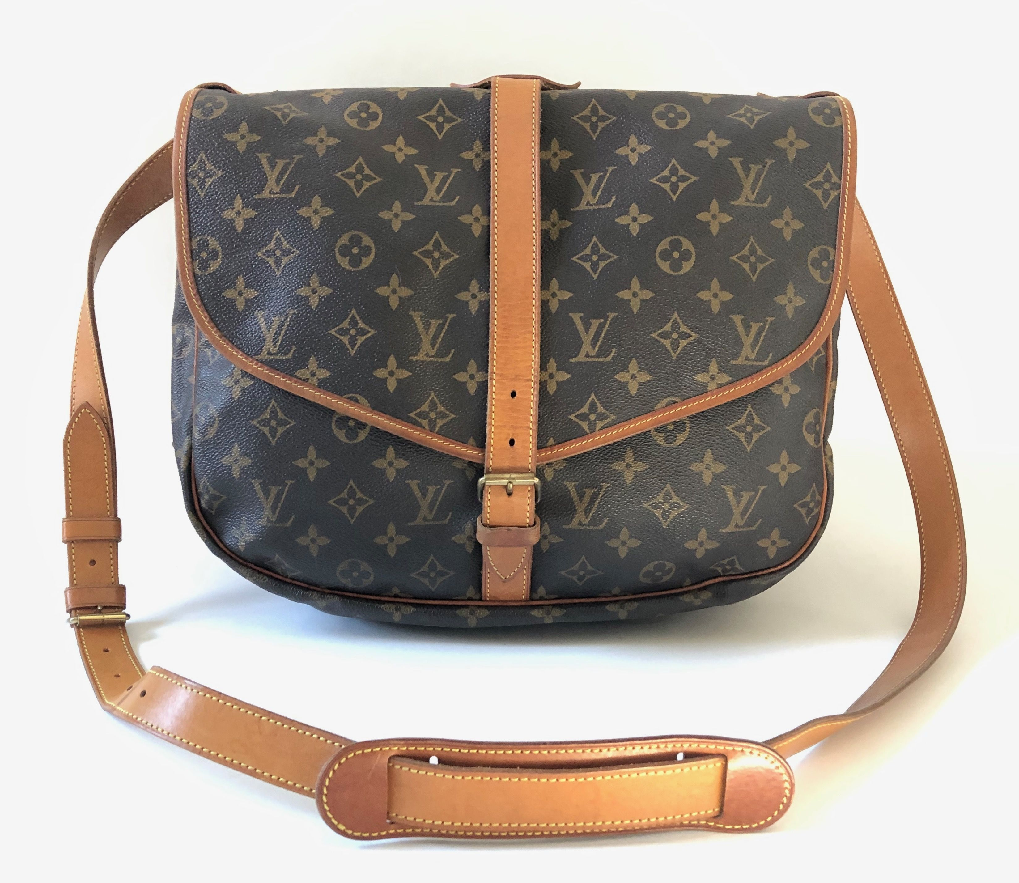 b8adef07031 Authentic Gucci brown GG woven canvas zippered cross body shoulder bag with  ribbon strap. Very popular cross body model!