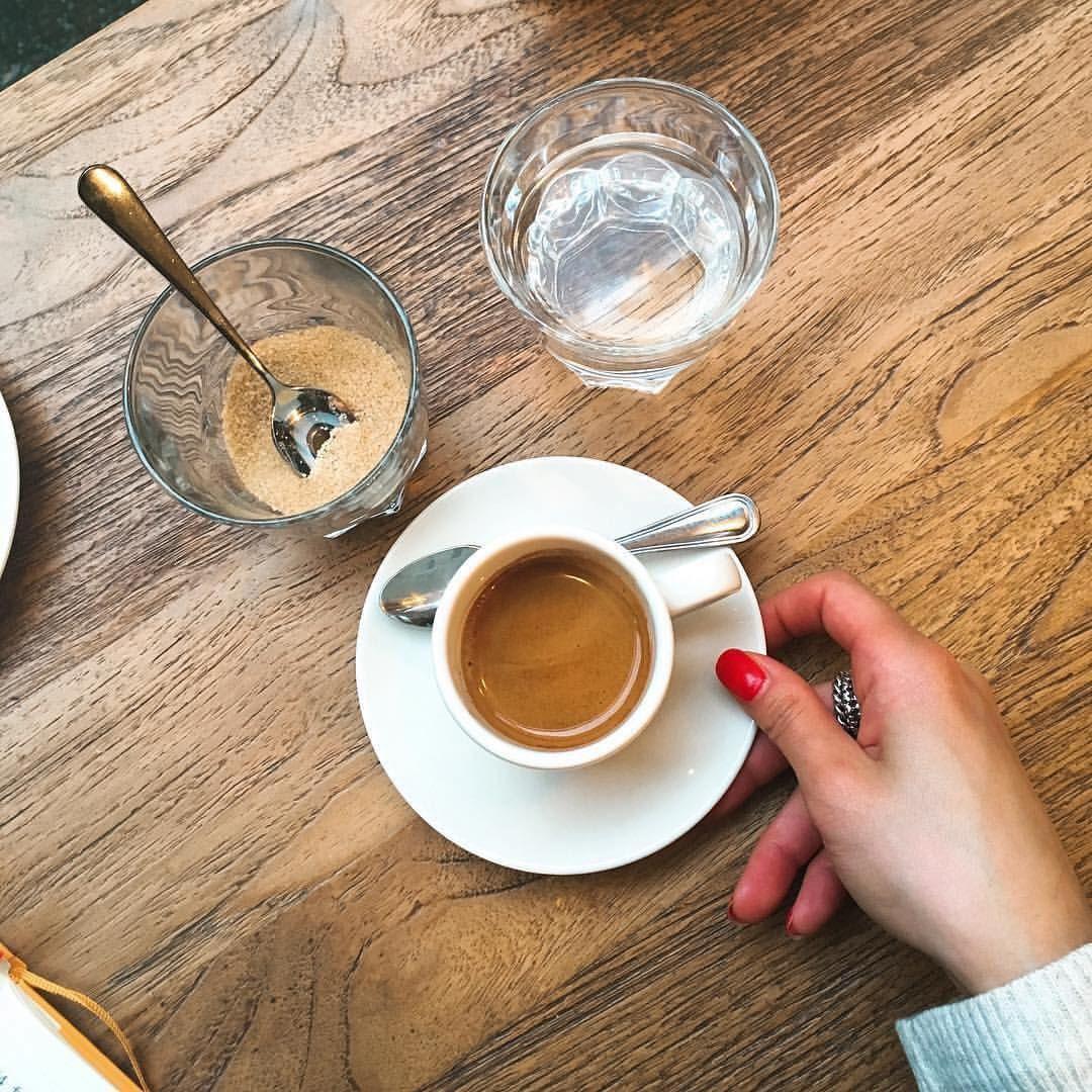 Regardez cette photo Instagram de @topparisresto • 2,509 J'aime  #resto #paris #parisresto #topparisresto #eatinparis #bonnesadresses #bonneadresse #restaurant #restaurantparis #parisrestaurant #cafe #café #coffee