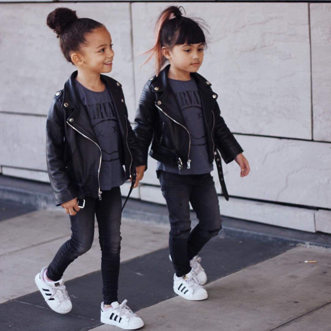 4 126 Likes 76 Comments London Scout Amp Sai De Silva Scoutfashion On Instagram Age 5 You Twin Girls Outfits Kids Outfits Girls Kids Leather Jackets [ 1080 x 1080 Pixel ]