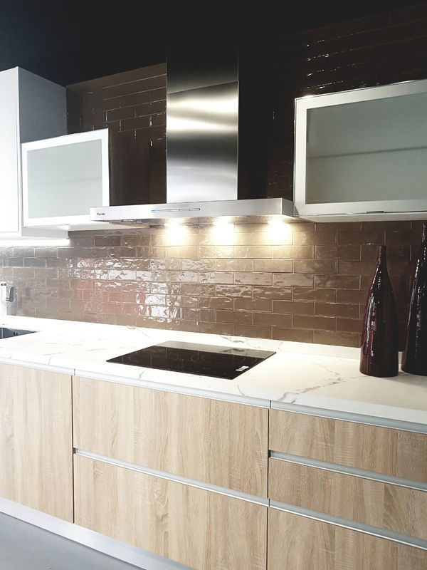 Campana de #cocina de pared Pando P-825. Azulejos Chiva, emprende ...