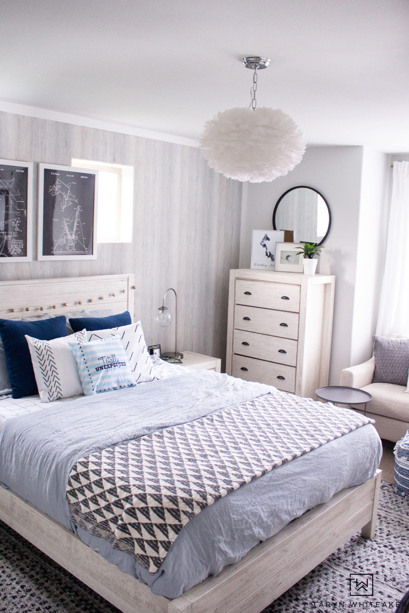 Modern Blue Girls Room In 2020 Blue Girls Rooms Modern Girls