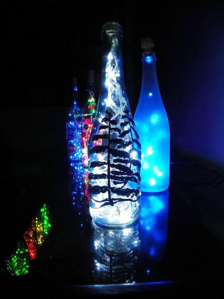 Lamparas con botellas de vino komorebi art pinterest - Como hacer lamparas con botellas de vidrio ...