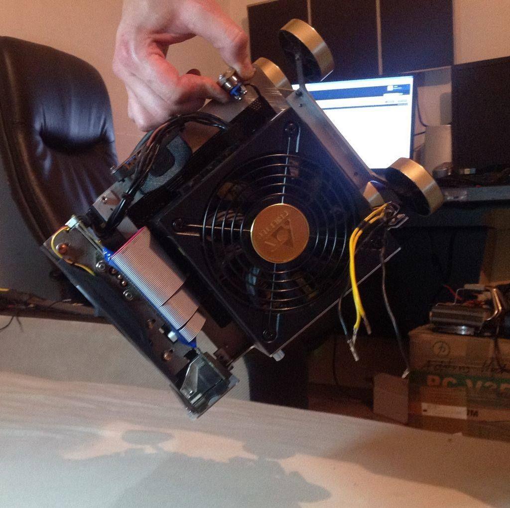 PURE PC Build Logs Linus Tech Tips