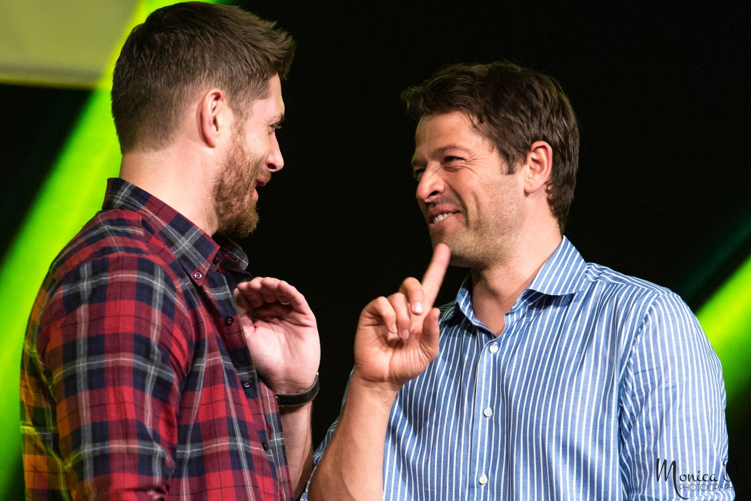 "(@MonicaDPhoto) | Twitter  ""A Study in Jensen & Misha Part 2"" Jus In Bello Convention, Rome, Italy, May 2015"
