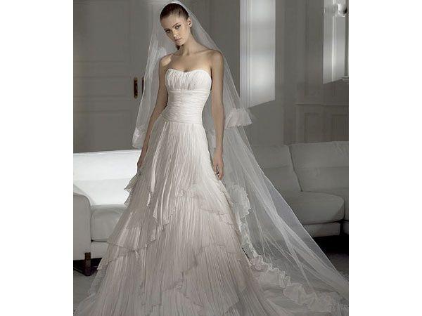 vestidos de novia diferentes - Cerca amb Google | wedding Dresses ...