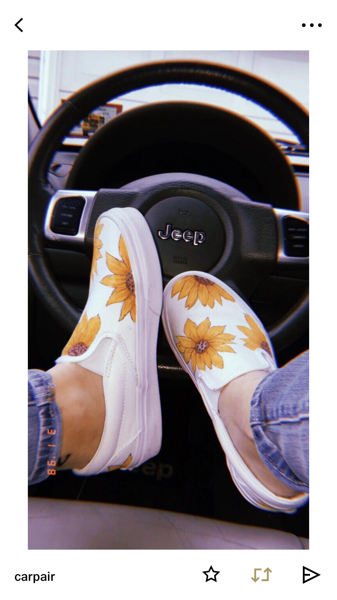 ASSORTED VANS Girls Ward Sneaker