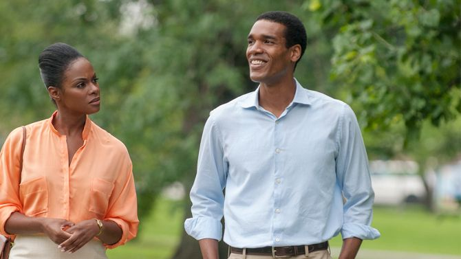 First Look: 'Southside with You' Tika Sumpter and Parker Sawyers as Barack