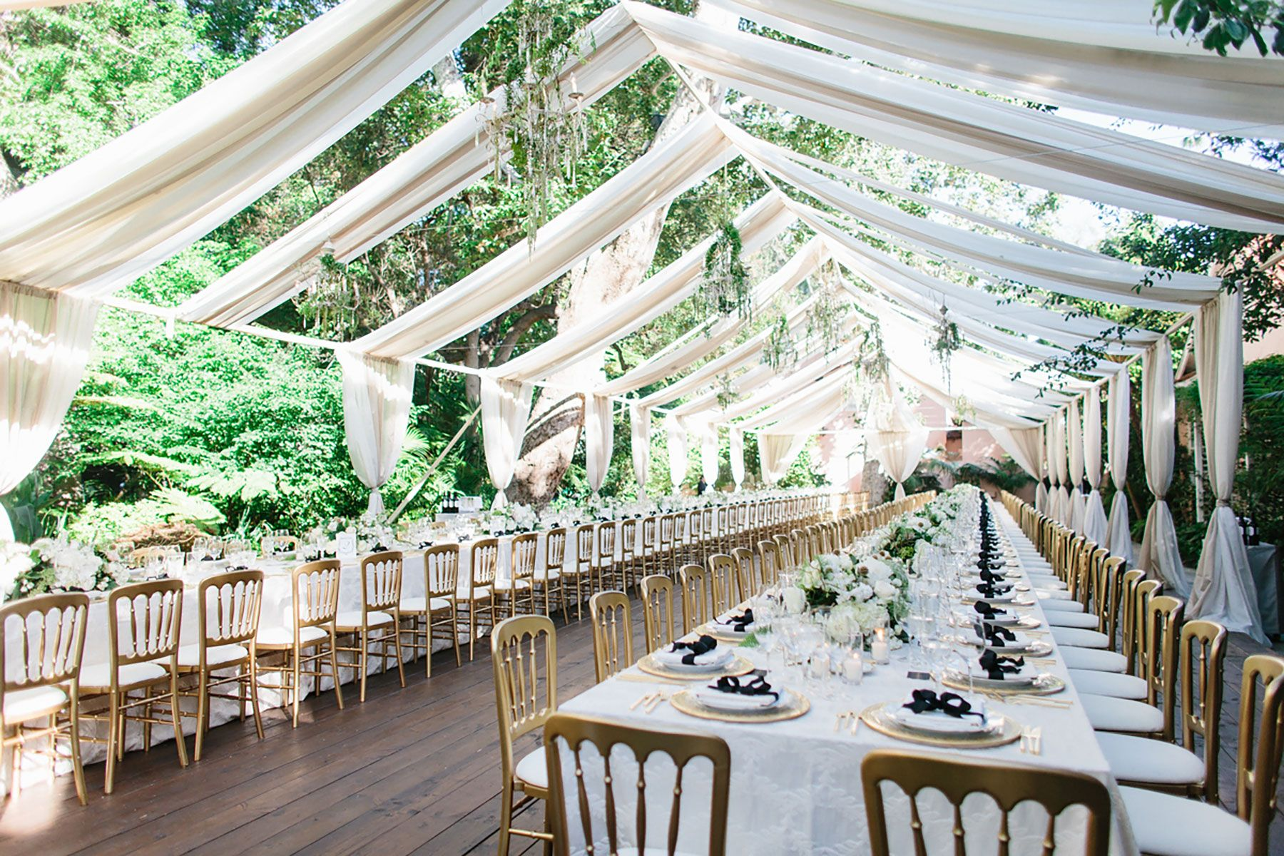 Elegant Garden Wedding In This Romantic Swan Lake Ceremony At The Hotel Bel Air An Aisle Lined With Cream Petals Led To An Al Air Tent Hotel Bel Air Wedding