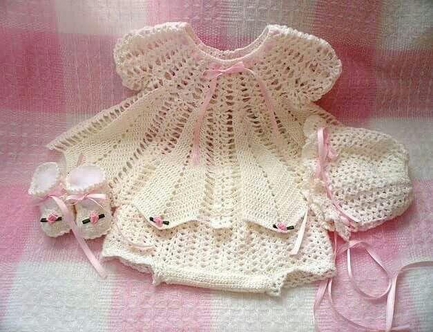 Pin von Amera Yosri auf Baby crochet clothes | Pinterest