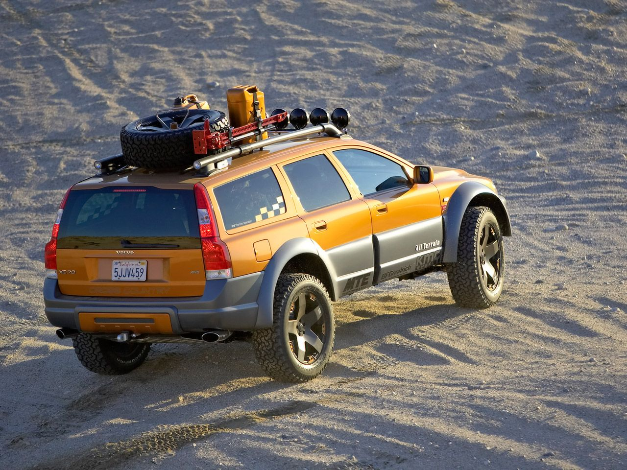 2005 volvo xc70 at concept ra top 1280x960