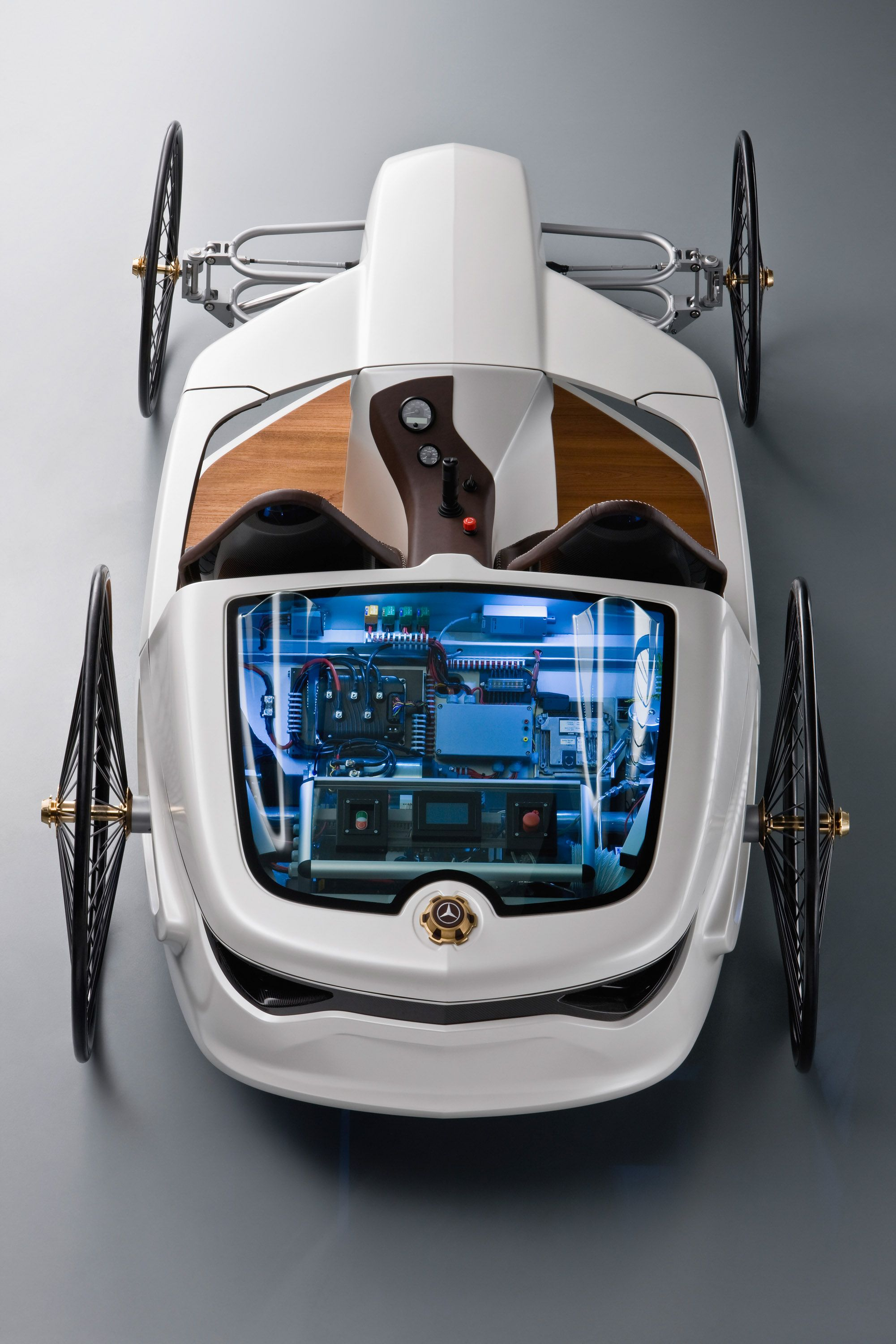mercedes benz created this joystick controlled fuel cell powered car in 2009 as a homage to the. Black Bedroom Furniture Sets. Home Design Ideas