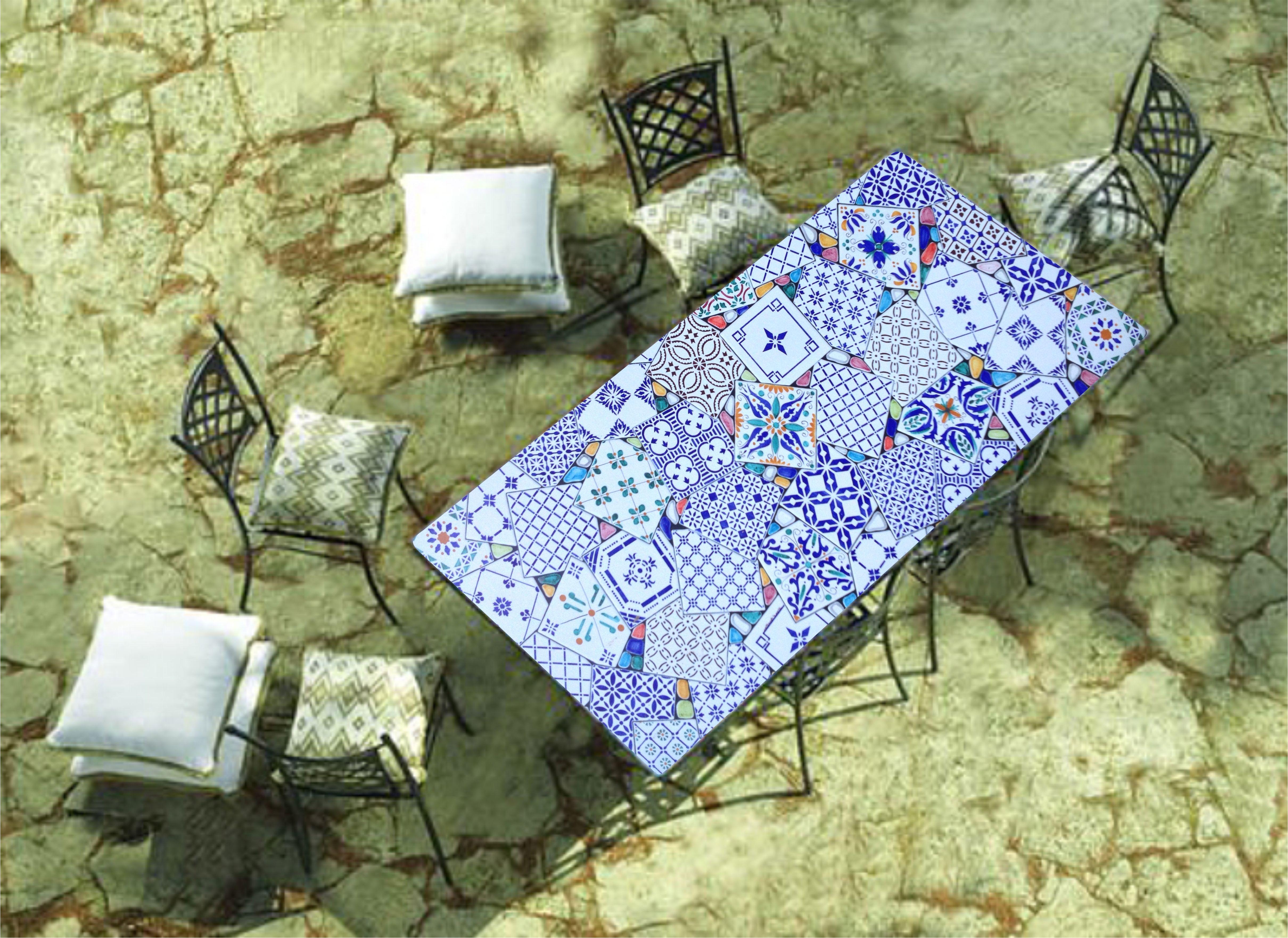 Piastrelle In Pietra Lavica : Tavolo in pietra lavica dell etna decorato a mano patchwork