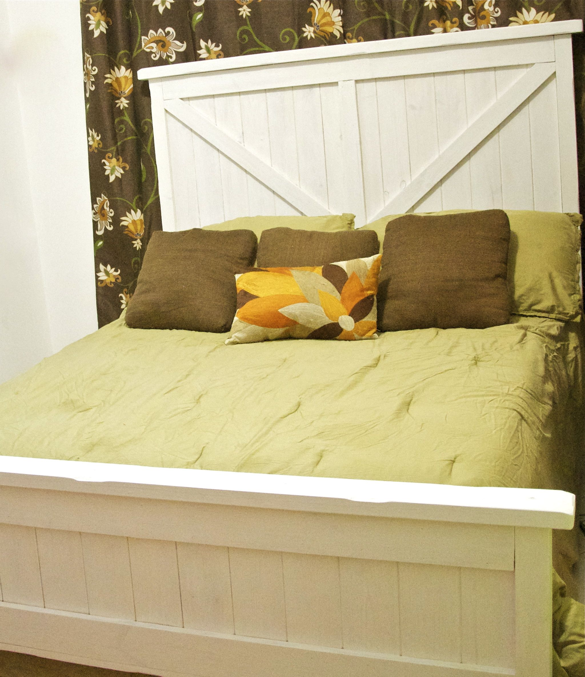 Queen Bed   Do It Yourself Home Projects from Ana White   Beds ...