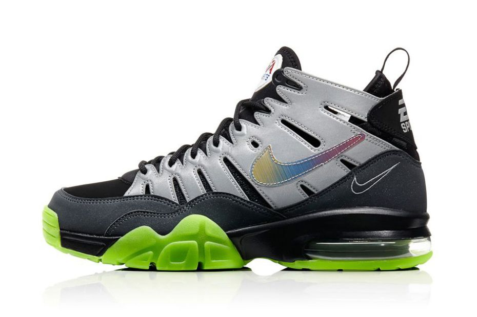 detailed look 14fd7 6e954 EA Sports x Nike Air Trainer Max 94 QS